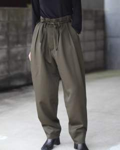 【残りわずか】Offiser Trousers